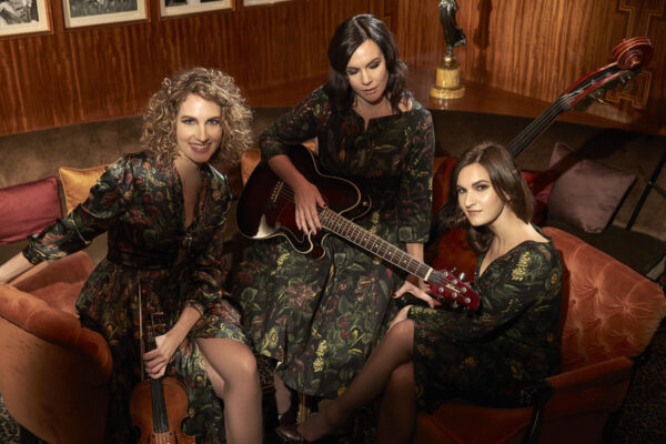 The Schick Sisters | Musik
